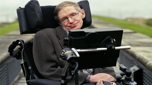 Stephen-Hawking_2_640x360